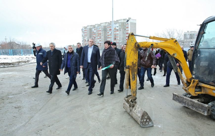 ВСимферополе открыли монумент «Народному ополчению всех времен»
