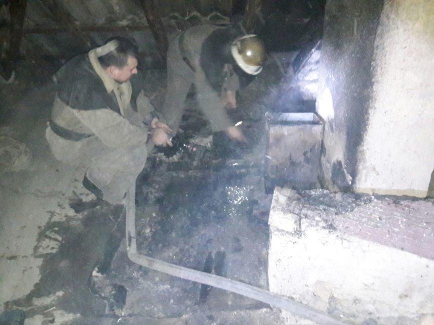 В Каменском горел частный дом, фото-2