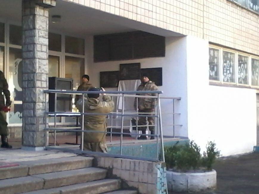 В Кривом Роге открыли мемориальную доску Александру Семенищенкову, погибшему под Иловайском (ФОТО), фото-5