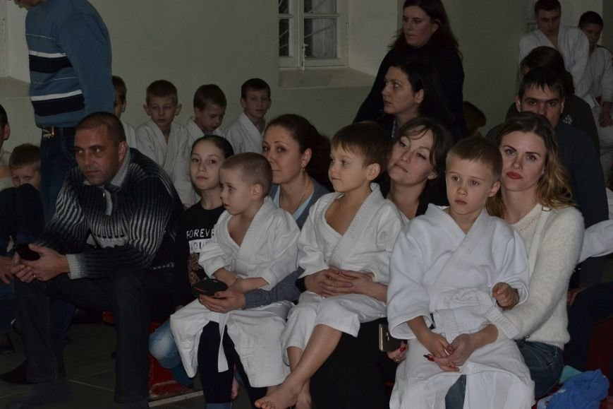 В Гаспре открытым новогодним турниром по сумо среди малышей завершили 2016 год, фото-1
