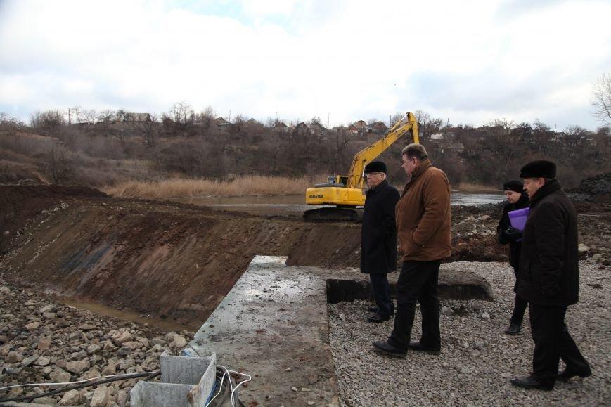 В Кривом Роге закончилось бетонирование шлюза новой дамбы, которая остановит подтопление домов на Гданцевке (ФОТО), фото-2