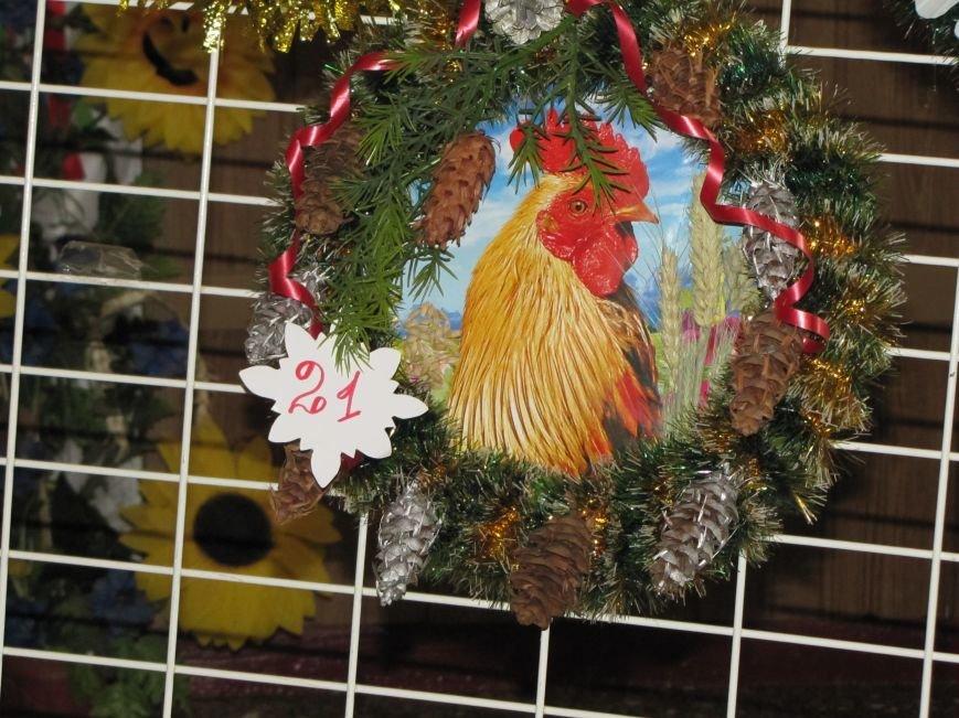 Определились три претендента на лучший рождественский венок  (фото), фото-3