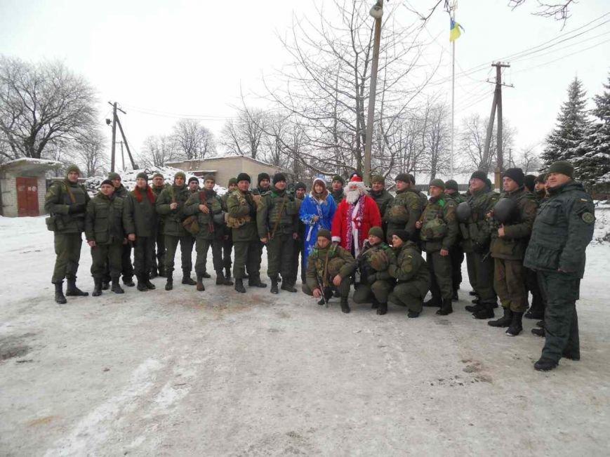 Криворожский Дед Мороз привез бойцам в зону АТО  подарки к Новому году (ФОТО), фото-5
