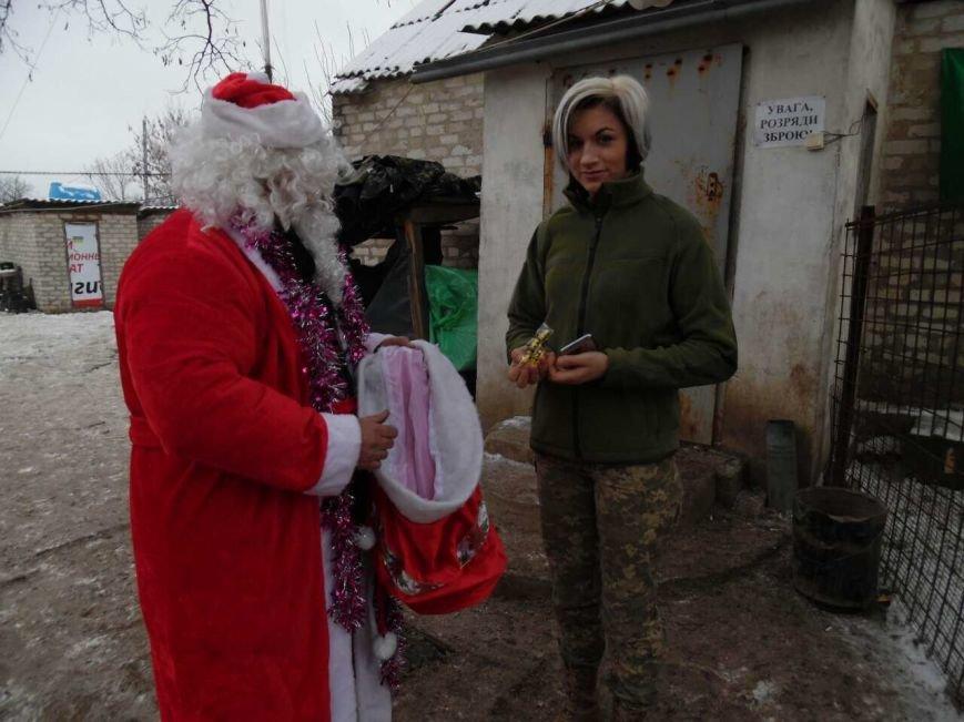 Криворожский Дед Мороз привез бойцам в зону АТО  подарки к Новому году (ФОТО), фото-20