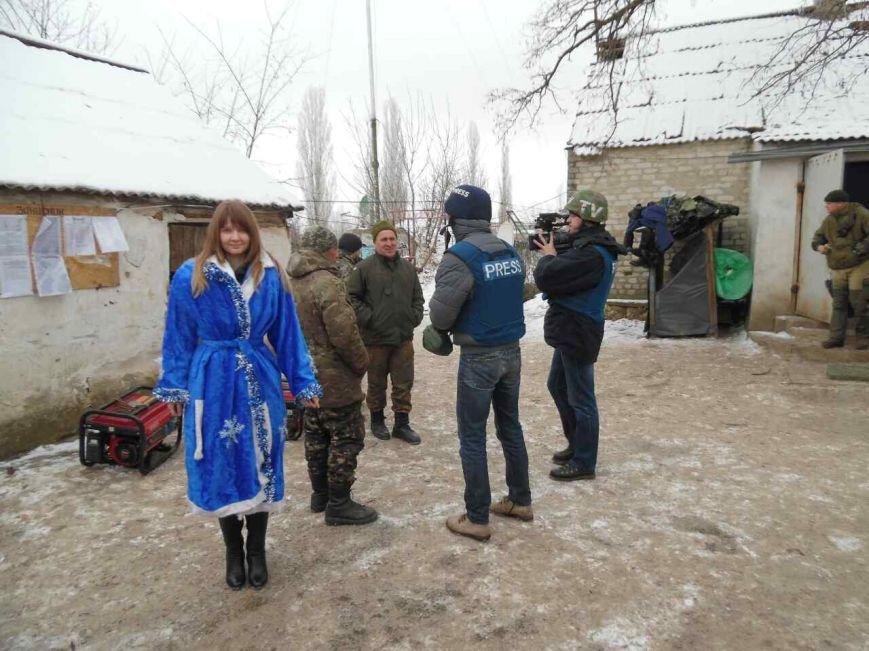 Криворожский Дед Мороз привез бойцам в зону АТО  подарки к Новому году (ФОТО), фото-22