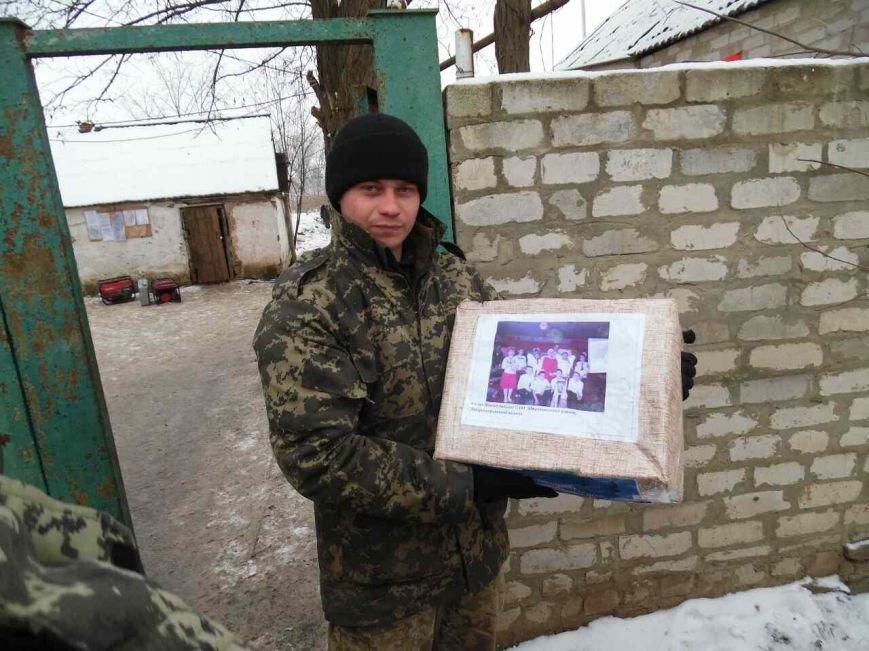 Криворожский Дед Мороз привез бойцам в зону АТО  подарки к Новому году (ФОТО), фото-23