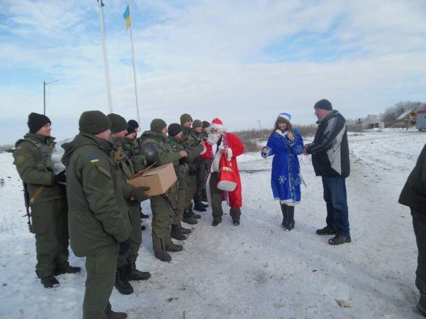 Криворожский Дед Мороз привез бойцам в зону АТО  подарки к Новому году (ФОТО), фото-10