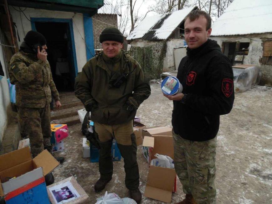 Криворожский Дед Мороз привез бойцам в зону АТО  подарки к Новому году (ФОТО), фото-19