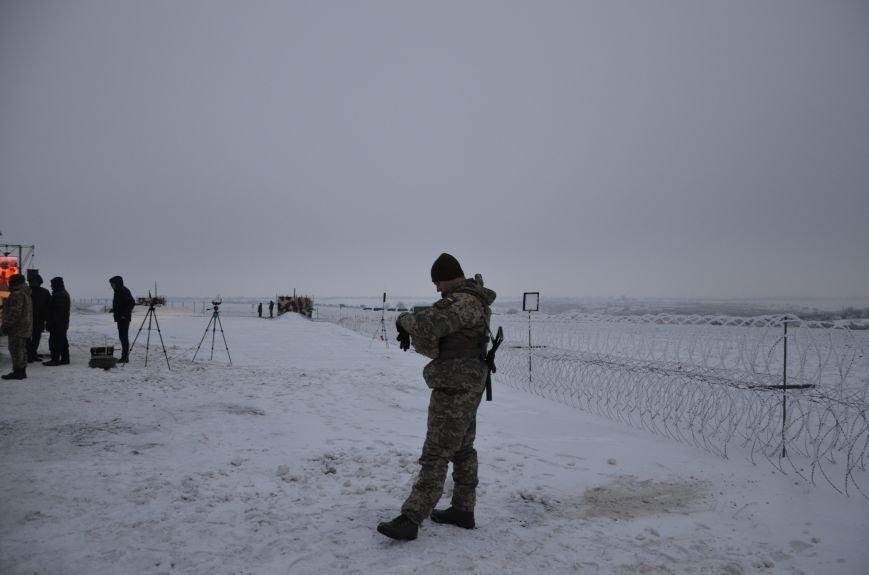 Президент Украины вручил подарок Донецкому погранотряду  в Мариуполе и останется встречать Новый год с военными (ФОТО+ВИДЕО+ДОПОЛНЕНО), фото-24