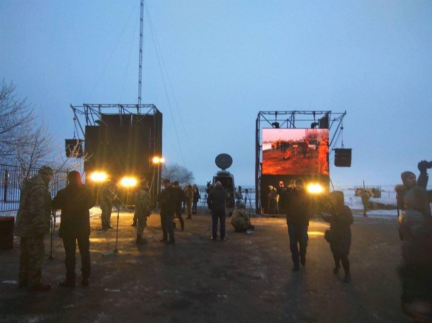 Президент Украины вручил подарок Донецкому погранотряду  в Мариуполе и останется встречать Новый год с военными (ФОТО+ВИДЕО+ДОПОЛНЕНО), фото-8