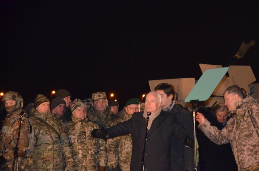 Президент Украины вручил подарок Донецкому погранотряду  в Мариуполе и останется встречать Новый год с военными (ФОТО+ВИДЕО+ДОПОЛНЕНО), фото-7