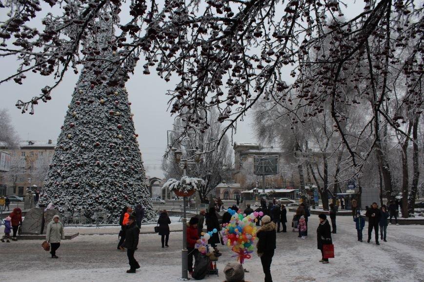 Как выглядит Запорожье в первый день нового года, - ФОТОРЕПОРТАЖ, фото-3