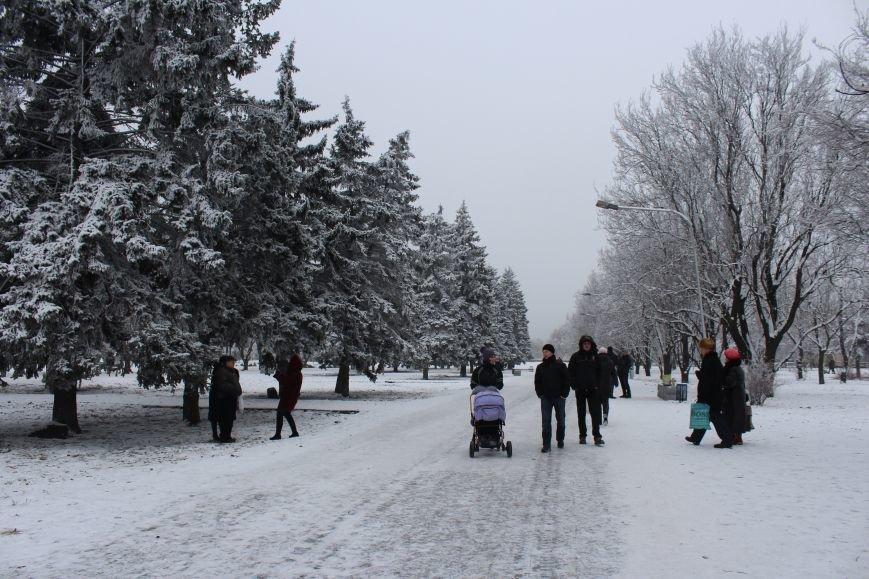Как выглядит Запорожье в первый день нового года, - ФОТОРЕПОРТАЖ, фото-19
