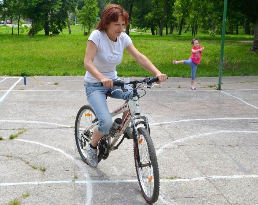 Фігурне водіння велосипеда1