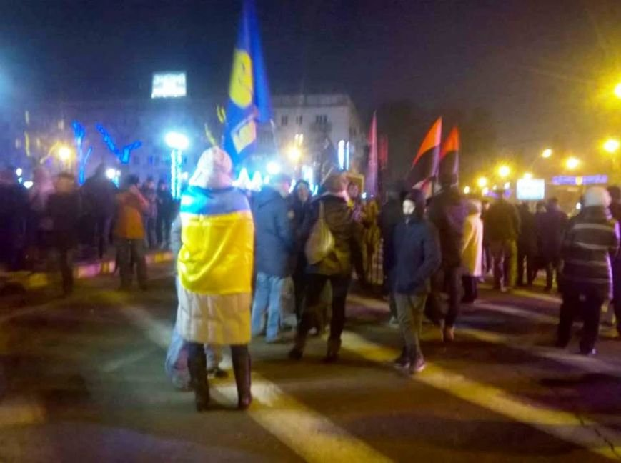 В Херсоне прошло «безфакельное» шествие в честь дня рождения национального деятеля Степана Бандеры (фото), фото-3