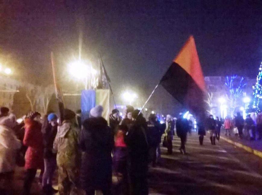 В Херсоне прошло «безфакельное» шествие в честь дня рождения национального деятеля Степана Бандеры (фото), фото-4