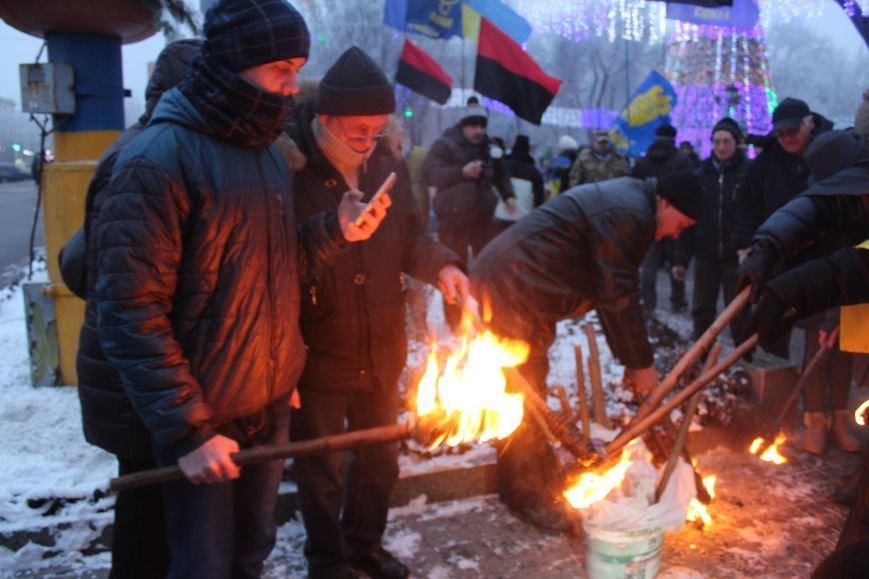 В Запорожье факельным шествием отметили День рождения Бандеры, - ФОТОРЕПОРТАЖ, фото-7