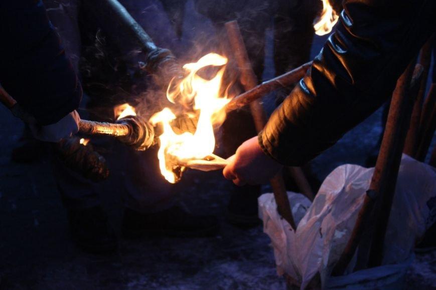 В Запорожье факельным шествием отметили День рождения Бандеры, - ФОТОРЕПОРТАЖ, фото-6
