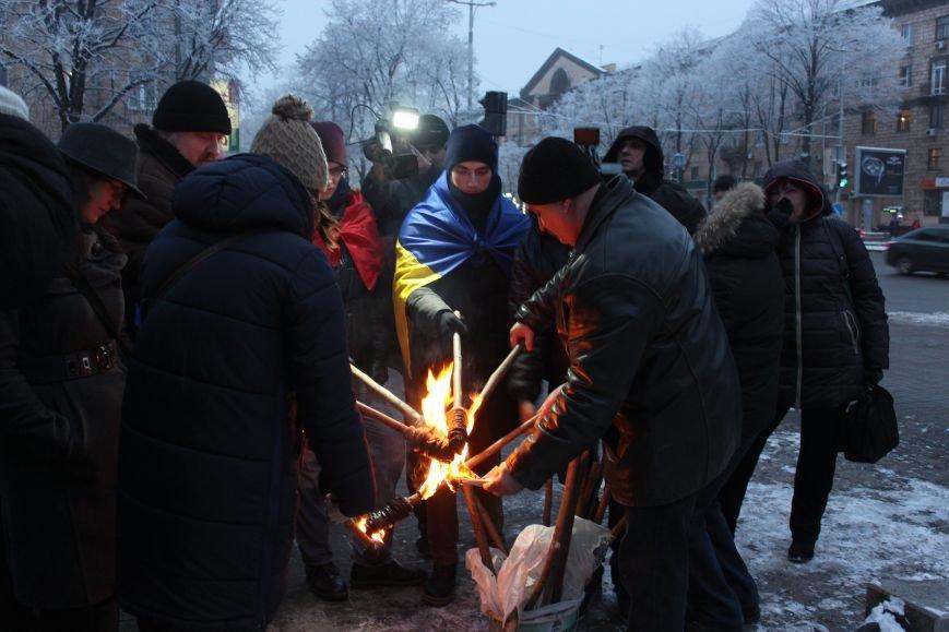 В Запорожье факельным шествием отметили День рождения Бандеры, - ФОТОРЕПОРТАЖ, фото-5