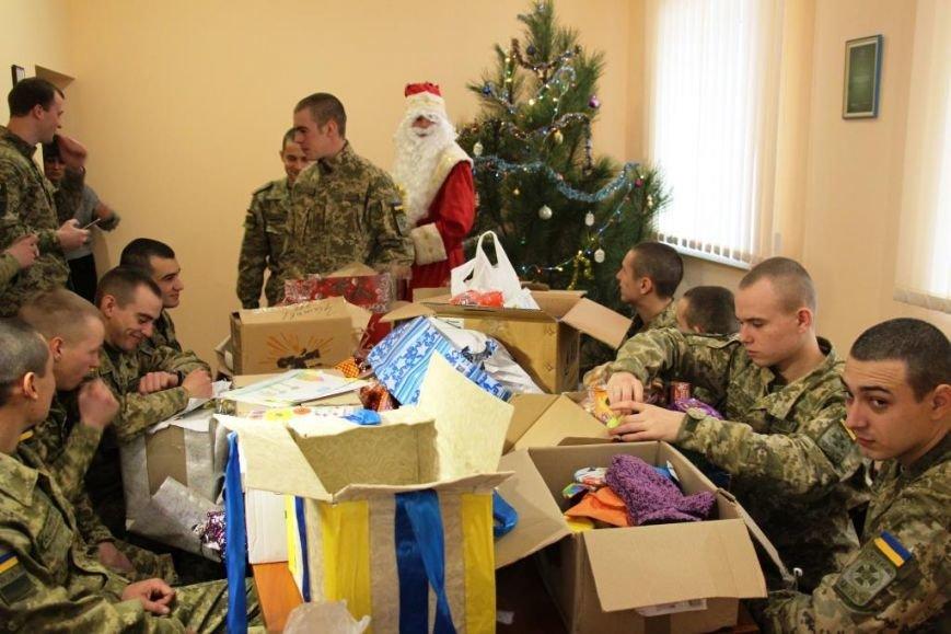 На Херсонщині школярі привітали прикордонників з новорічними святами (фото), фото-1
