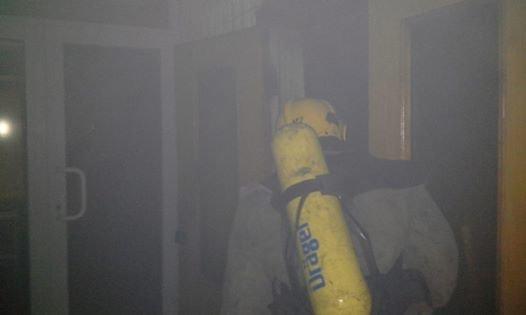 В центре Запорожья горела баня, эвакуировали 29 человек, - ФОТО, фото-1