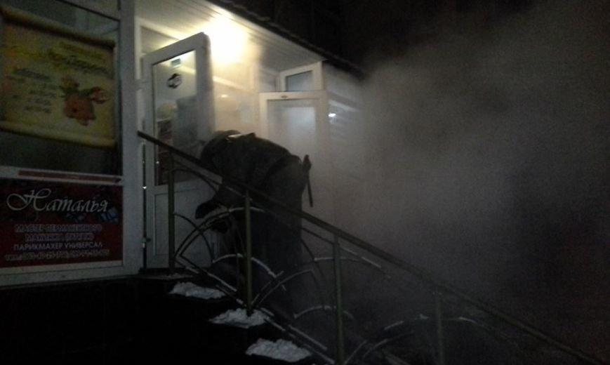 В центре Запорожья горела баня, эвакуировали 29 человек, - ФОТО, фото-5