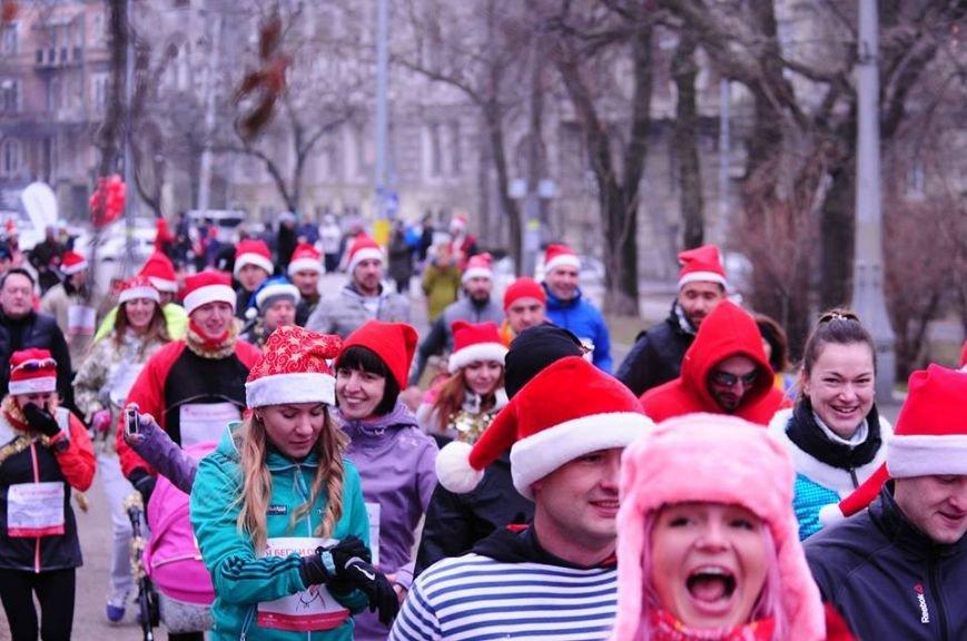 Сто одесских Дедов Морозов устроили «Забег Обещаний» (ФОТО), фото-10