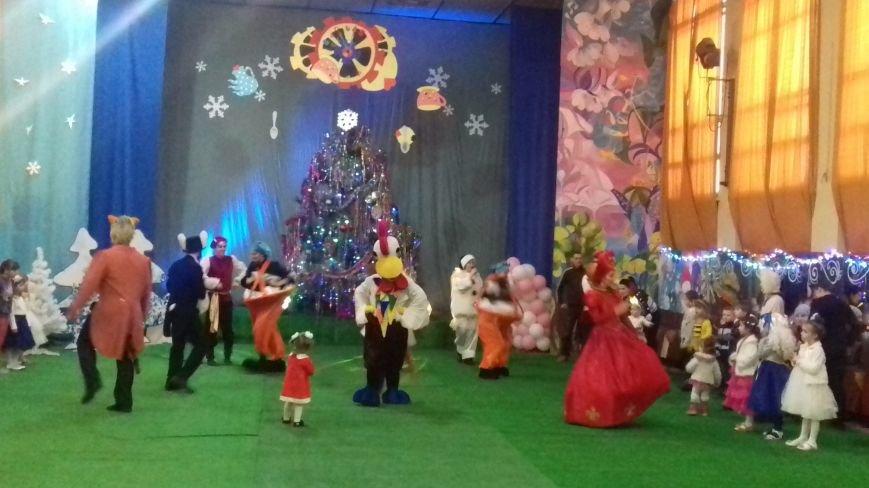 Пираты получили подарки от Деда Мороза и попали на новогодний утренник (видео), фото-3