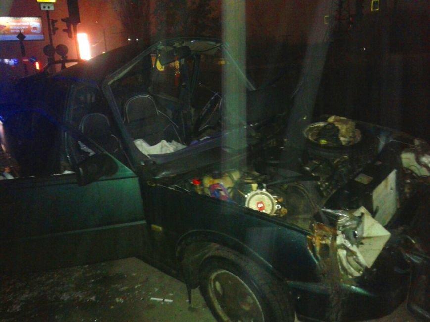 В Харькове произошло ДТП с участием такси: есть пострадавшие (ФОТО), фото-1