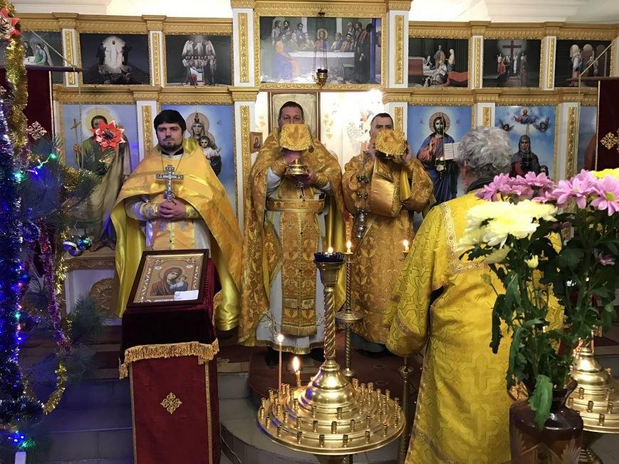 Как прихожане встретили Новый год в храме (фото), фото-1