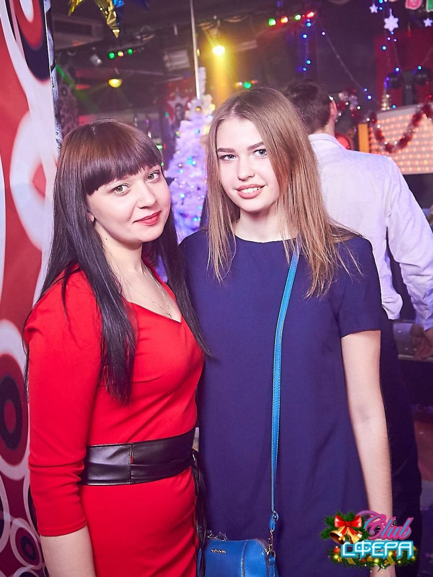Девушки в красном: в чем встречали Новый год в клубах Полоцка и Новополоцка. ФОТО, фото-12