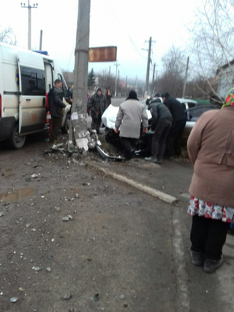 В Кривом Роге в жуткой аварии пострадали 3 человека и один мужчина погиб (ФОТО), фото-3