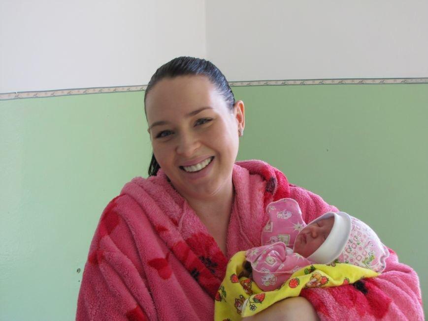В первый день 2017 года в Мелитополе родилось три мальчика и одна девочка (фото), фото-16