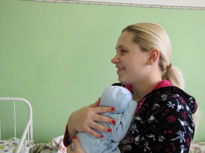 В первый день 2017 года в Мелитополе родилось три мальчика и одна девочка (фото), фото-5