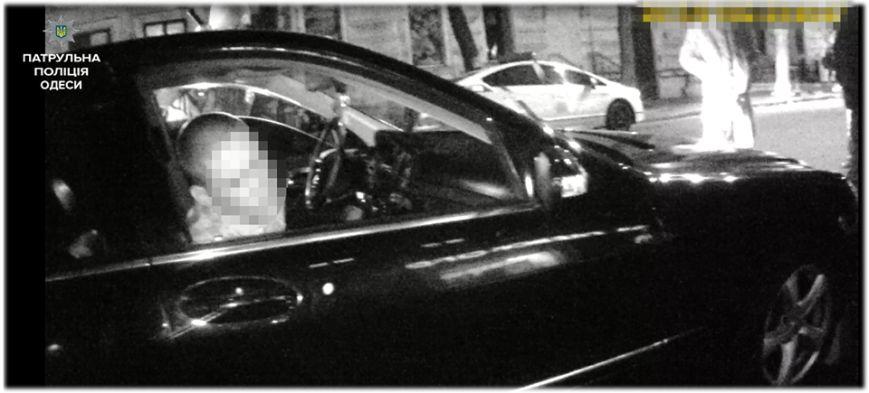 """Появились фото с места стрельбы в одесском """"Шкафу"""" (ФОТО), фото-4"""