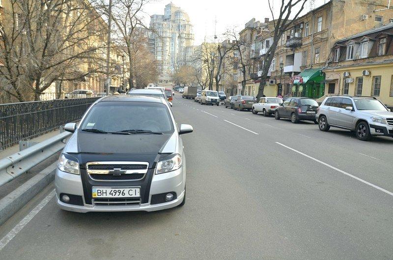 Одесские автохамы оставили автомобили на разрушающихся мостах (ФОТО), фото-9