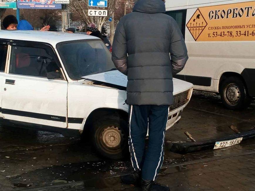 """В Мариуполе """"семерка"""" врезалась в трамвай (ФОТО), фото-5"""