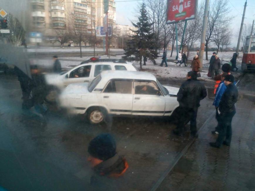"""В Мариуполе """"семерка"""" врезалась в трамвай (ФОТО), фото-6"""