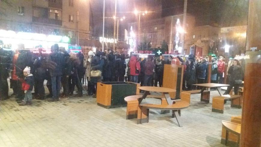 """В Запорожье с аншлагом открылся """"Макдональдс"""", - ФОТО, фото-11"""