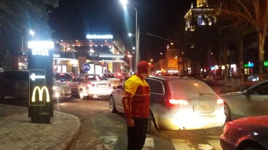 """В Запорожье с аншлагом открылся """"Макдональдс"""", - ФОТО, фото-6"""