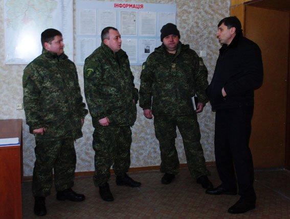 В прифронтовом Новолуганском открылся опорный пункт полиции, фото-1