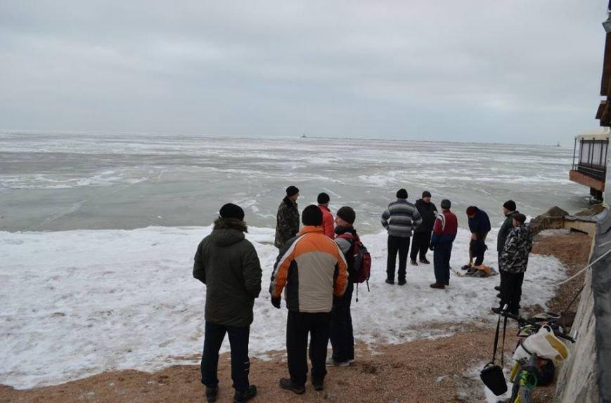 Экстремалы Бердянска заплывом отметили День воды, фото-2
