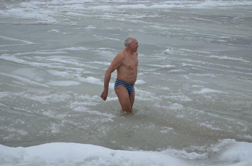 Экстремалы Бердянска заплывом отметили День воды, фото-10
