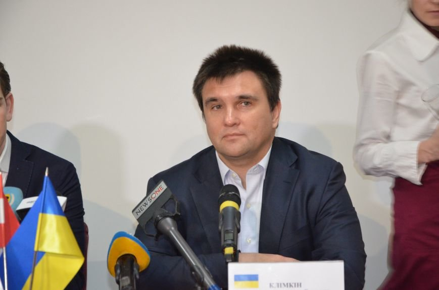 Глава ОБСЕ Себастьян Курц рассказал, о чем общался с жителями Мариуполя (ФОТО+ВИДЕО), фото-3