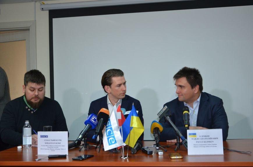 Глава ОБСЕ Себастьян Курц рассказал, о чем общался с жителями Мариуполя (ФОТО+ВИДЕО), фото-2