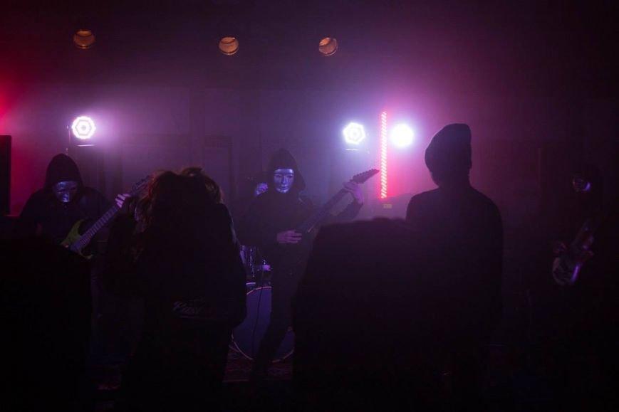 Мариупольские рок-музыканты сняли клип о том, как мальчик становится мужчиной (ФОТО), фото-2