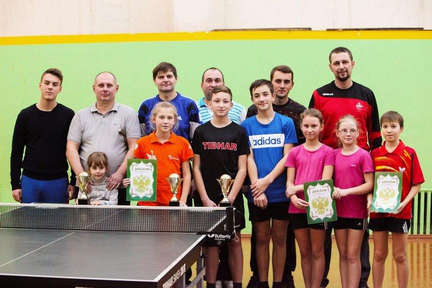 Чемпионка Крыма выиграла турнир… вместе с папой, фото-1