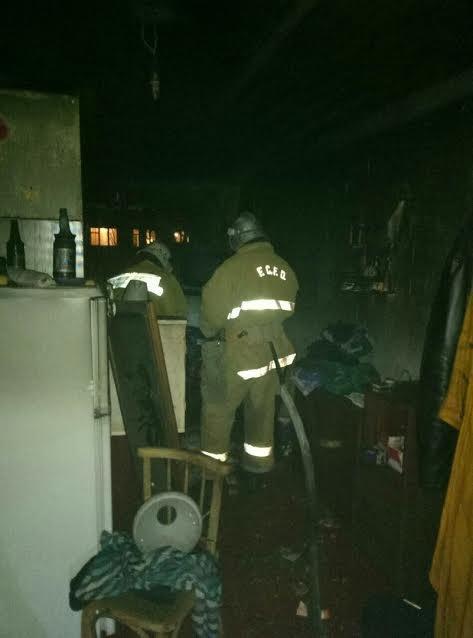 Житель Мелитополя едва не погиб в горящей квартире, - ФОТО, фото-3