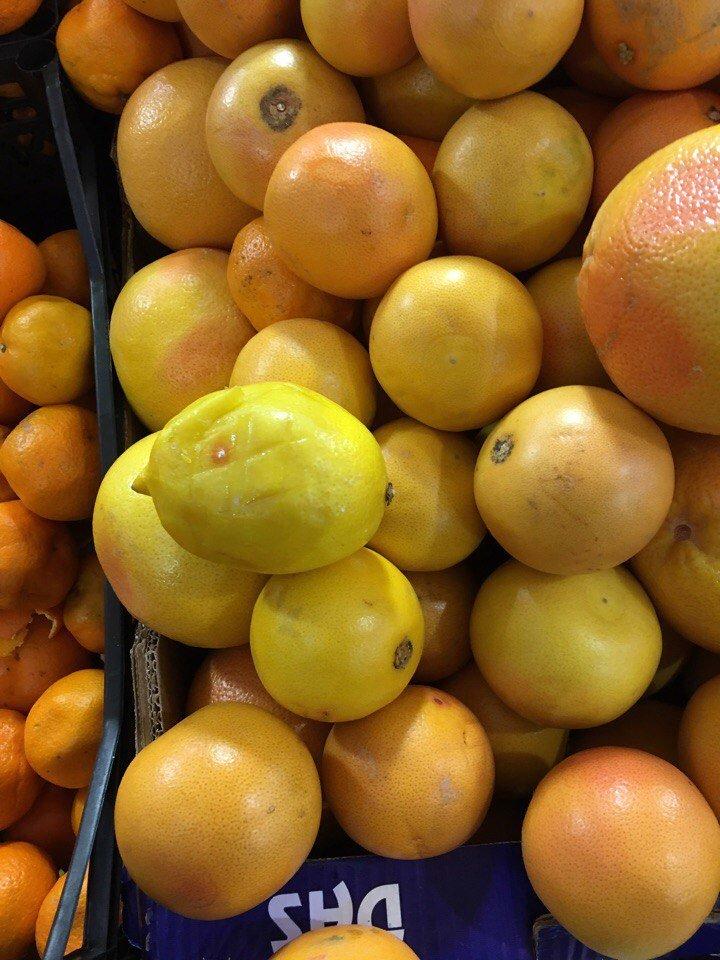 Гнилые мандарины на прилавке шокировали одесситов (ФОТО), фото-3
