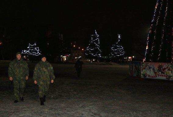 На Рождество полиция Донетчины увеличит количество нарядов, которые будут охранять порядок на улицах, фото-4